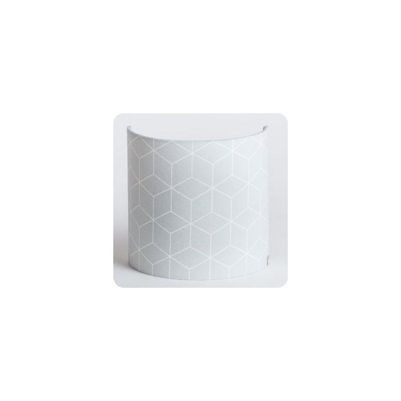 https://www.fabuleuse-factory.com/img/172/261161/m3/p/luminaire-applique-murale-tissu-motif-geometrique-scandinave-gris-pastel-cubic.jpg